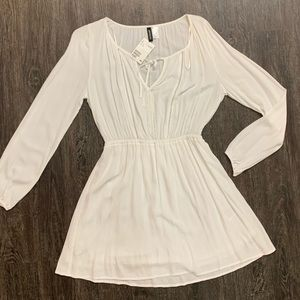 H&M White Long Sleeve Dress (NWT)